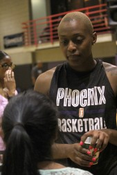 Charde Houston speaks with SJI students after practice (By Bryce Patterson)